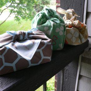 Przyjrzyj się furoshiki i zapomnij na dłuższy czas o zakupie nowej torebki