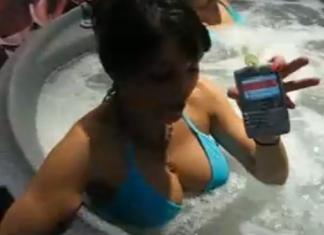 Jak uratować telefon komórkowy, który wpadł do wody