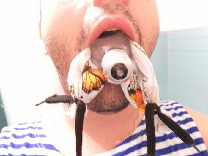 Pogotowie ratunkowe Jak wyjąć żarówkę z ust, jeżeli już ją tam włożyliśmy _04