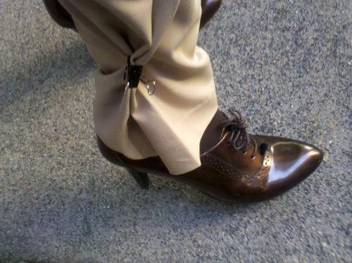 Sposób na zbyt szerokie nogawki oraz zabezpieczenie przed brudnym łańcuchem