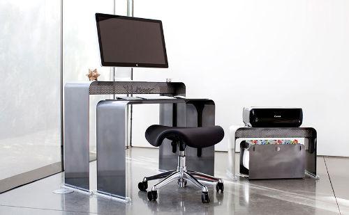 Biurko idealne - Minimalistyczne biuro od OneLessOffice