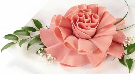 Robimy dekoracyjne kwiaty z kiełbasy