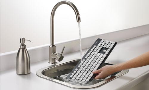 Pomysł na prezent na programisty - Sprawdźcie wodoodporną klawiaturę Logitech K310