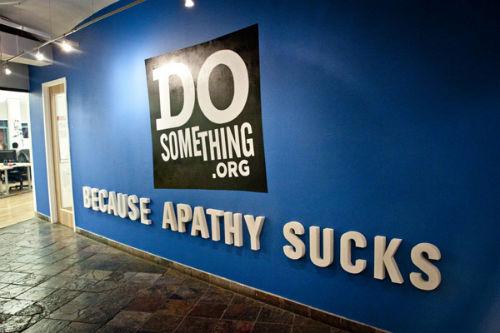 Nancy Lublin z DoSomething.org- zburzmy ściany! 3