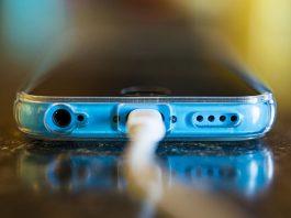 35 CEO na pustyni: jak zachowuje się człowiek, kiedy mu się zabierze smartfon