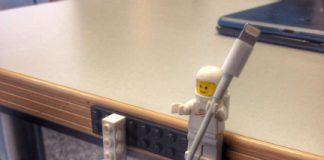 Klocki LEGO to praktyczny uchwyt na klucze i kable