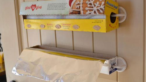 Papier śniadaniowy/ręcznik papierowy w zasięgu ręki