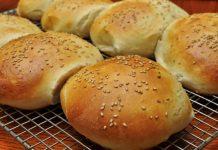 Agata Skupin Sezamowe bułki do hamburgerów bez orzechów