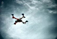 O czym pamiętać przy kierowaniu dronem