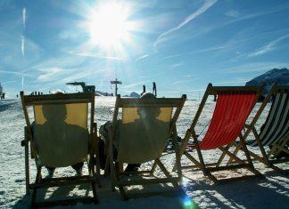 Jak chronić się przed szkodliwym słońcem