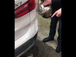 Lifehack samochodowy: usunięcie wgniecenia bez lakierowania