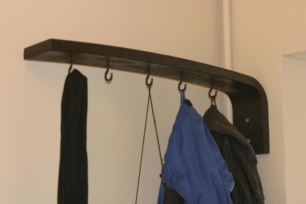 Lifehack miejsce na kurtki w przedpokoju 2