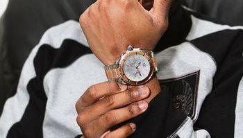 Jak wybrać zegarek - cienki nadgarstek