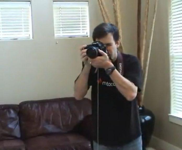 Nie masz statywu do aparatu fotograficznego? Oto rozwiązanie za 1$