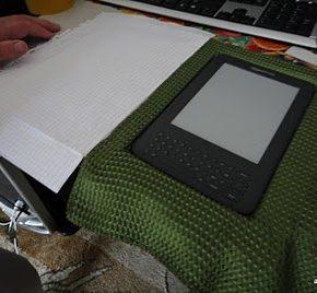 Jak zrobić ze starej książki okładkę do czytnika Kindle - 8