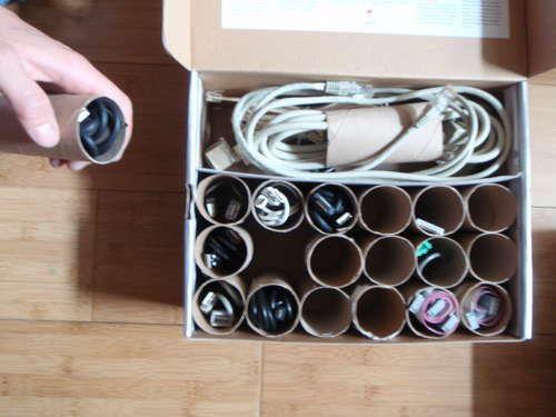 Krótkie oraz długie (od ręczników papierowych) rolki idealnie nadają się do przechowywania kabli