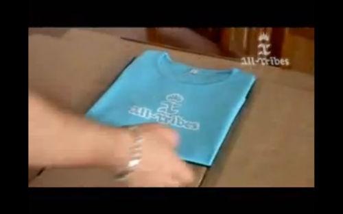 Metoda dla każdego - Jak szybko składać t-shirty