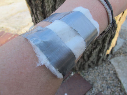 Tampon jako nowy scyzoryk szwajcarski - Zastosowanie nr 1: bandaż medyczny