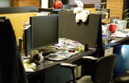7. Miejsca pracy - biurko Max Levchin (PayPal)
