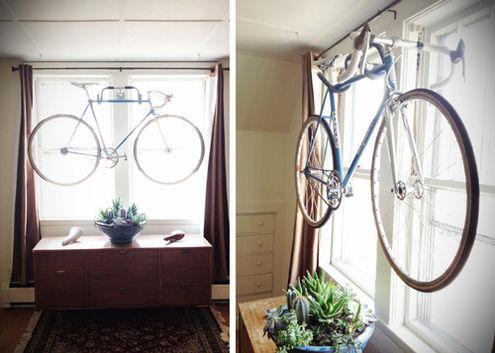 DIY wieszak ze starej kierownicy odpowiedzią na pytanie jak powiesić rower