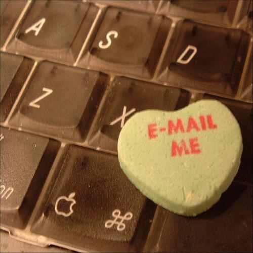 Instrukcja jak napisać email do znanej osoby