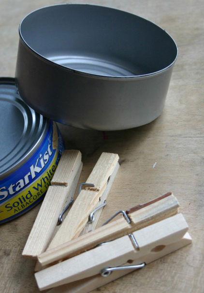 Prezent DIY - własnoręcznie zrobiony wazon z klamerek