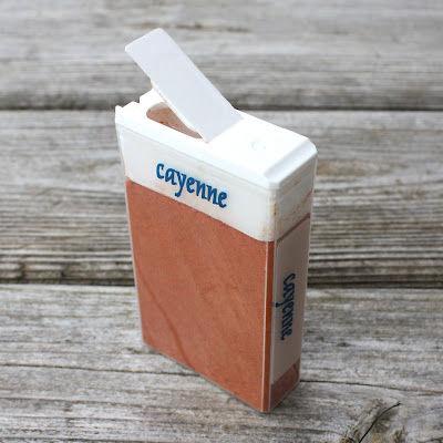 Pudełka od drażetek TicTac przydają się do przechowywania przypraw - 3