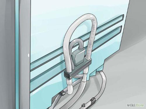 Jak wyczyścić zmywarkę - 2. Upewnij się czy wąż spustowy nie jest zapchany