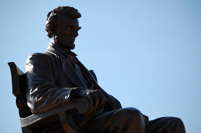 4 krótkie cytaty Abrahama Lincolna, które pomogą ci się rozwinąć
